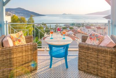 villa-olivia-the-turquoise-collection---5-