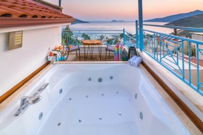 villa-olivia-the-turquoise-collection---20-