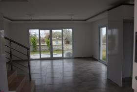 Image No.5-Villa de 4 chambres à vendre à Kusadasi
