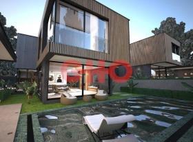 Image No.0-4 Bed Villa / Detached for sale