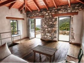 Image No.0-Maison de 2 chambres à vendre à Pera Melana