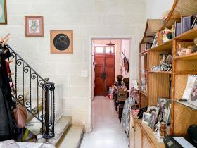 Image No.0-Maison de ville de 4 chambres à vendre à Sliema