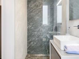 Image No.11-Appartement de 3 chambres à vendre à Marsaxlokk