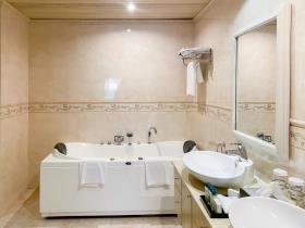Image No.15-Appartement de 3 chambres à vendre à San Lawrenz