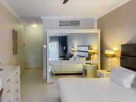Image No.9-Appartement de 3 chambres à vendre à San Lawrenz