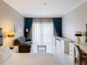 Image No.11-Appartement de 3 chambres à vendre à San Lawrenz