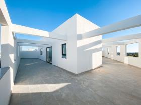 Image No.2-Penthouse de 1 chambre à vendre à Zejtun