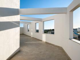 Image No.0-Penthouse de 1 chambre à vendre à Zejtun