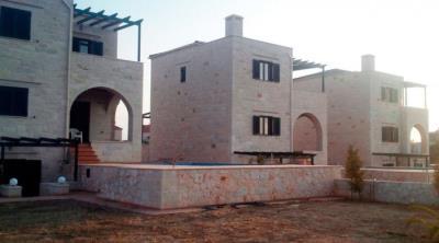 stone-made-villa-in-stalo_full_5