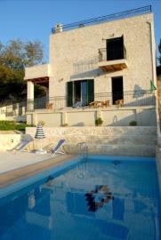 stone-made-villa_full