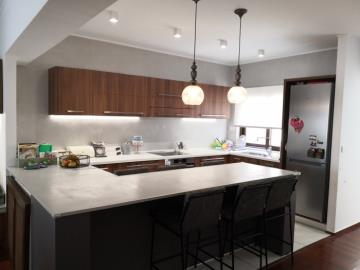 luxury-apartment-in-the-center_full