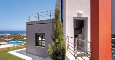 Luxury-villas-for-sale-in-Maleme-Chania-Crete-with-stunning-sea-views