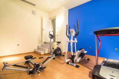Luxury-villas-offered-for-sale-in-Maleme-Platanias-Chania-Crete-with-gym