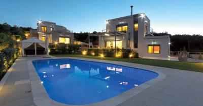 Two-luxury-villas-offered-for-sale-in-Platanias-Chania-Crete-with-shared-pool