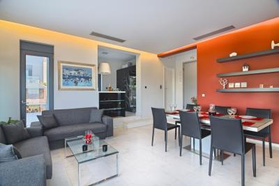 Modern-villas-for-sale-in-Chania-Crete-living-dining-area