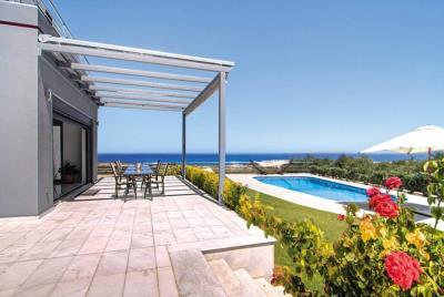 Villas-in-Maleme-Platanias-Chania-Crete-for-sale-pool-area-with-sea-views