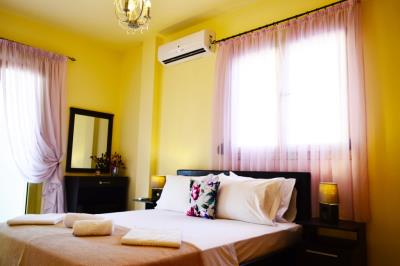 House-for-sale-in-Chania-bedroom