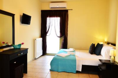 House-for-sale-in-Tavronitis-Chania-bedroom2