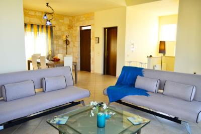 House-for-sale-in-Tavronitis-Chania-living-room