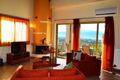 House-for-sale-in-Tavronitis-Chania-sitting