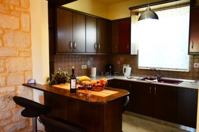 House-for-sale-Tavronitis-Chania-kitchen