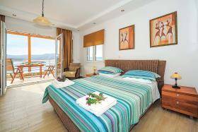 Image No.6-Villa de 4 chambres à vendre à Plaka