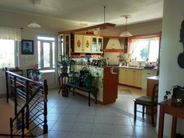 Villa-in-Vamos-Apokoronas-Chania-Crete-for-sale-with-fitted-kitchen