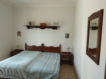 Villa-for-sale-in-Chania-Crete-with-large-guest-apartment-bedroom