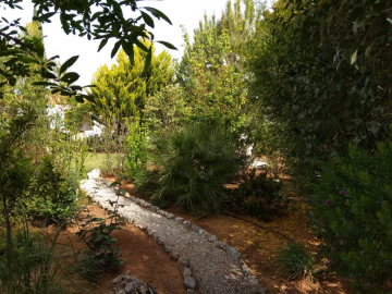 Villa-for-sale-in-Chania-Crete-with-fully-landscaped-garden