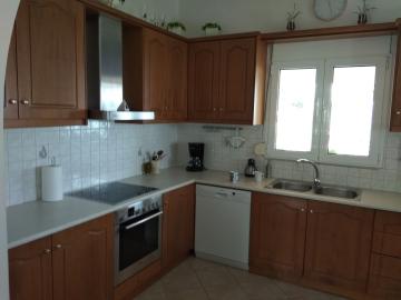 Villa-in-Kokkino-Chorio-Apokoronas-Chania-Crete-for-sale-kitchen