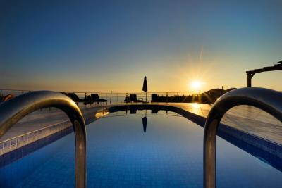 sunset-pool-1