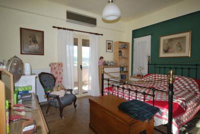 House-for-sale-in-Chania-Vamos-Bedroom1a