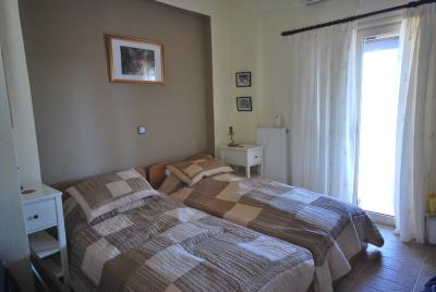 House-for-sale-in-Chania-Vamos-Bedroom2