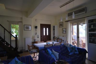 House-for-sale-in-Chania-Vamos-Lounge1