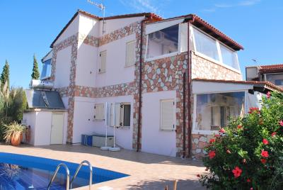 House-for-sale-in-Chania-Vamos-outside