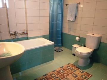 House-for-sale-in-Apokoronas-Chania-bathroom