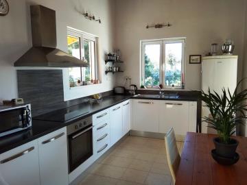 House-for-sale-in-Apokoronas-Chania-kitchen