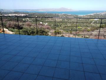 House-for-sale-in-Apokoronas-Chania-veranda