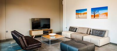 living-room-luxury-seafront-villa-crete