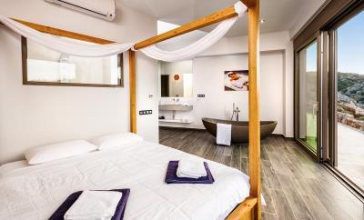 master-bedroom-1-luxury-seafront-villa-crete-2