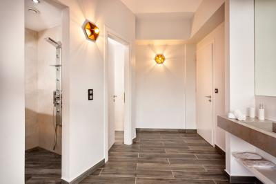 master-bedroom-1-luxury-seafront-villa-crete-4