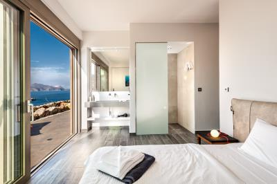 master-bedroom-2--luxury-seafront-villa-crete-2---Copy