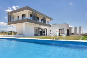 Image No.0-House/Villa for sale