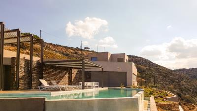 luxury-seafront-villa-crete-pool