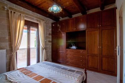 Stone-villa-for-sale-in-Apokoronas-Chania-kh155agios_vasilis-traditional-house-103