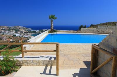 stonehouse-for-sale-in-heraklion-crete-hh07DS3_0980