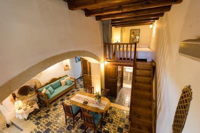 Stone-villas-for-sale-in-roustika-rethymnon-Crete-rh0290011