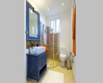 villas-for-sale-in-Chania-Crete-Greece-bathroom-with-walk-in-shower