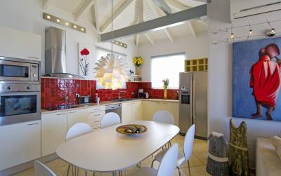 Villas-for-sale-in-Chania-Crete-Greece-with-fully-equipped-kitchen-and-dining-area