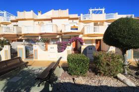 Image No.0-Maison de 2 chambres à vendre à Cabo Roig